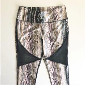 X By Gottex Snake Print Activewear Capri Pants NWT